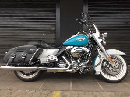 Harley-Davidson Road King 103