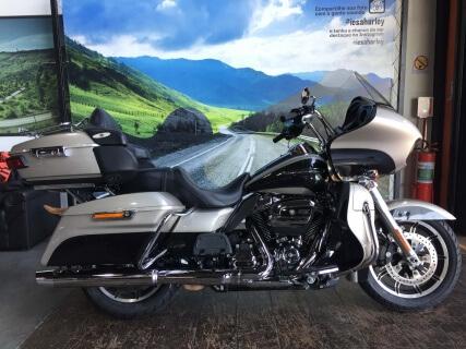 Harley-Davidson Road Glide Ultra 107