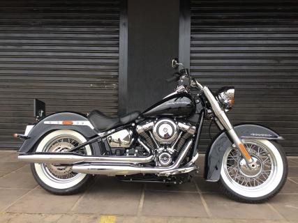 Harley-Davidson Deluxe 107